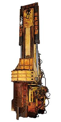 サイレントパイラー1号機 KGK-100A型