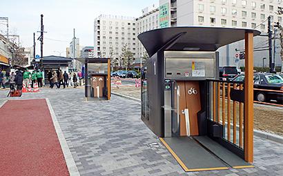 京都駅南口駅前広場(西側)に設置されたエコサイクル
