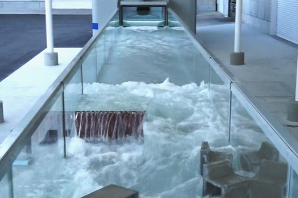 津波シミュレータによる津波耐波実験