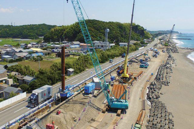 ③海岸堤防の耐震・耐液状化(高知県高知市)